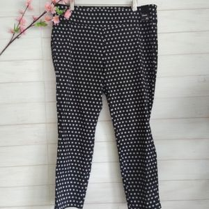 NY & C  Ankle black and white crop Pants Legging